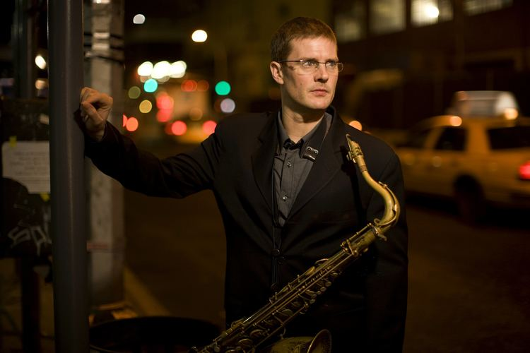 Eric Alexander (jazz saxophonist) wwwericalexanderjazzcomEricAlexanderbyJimmy