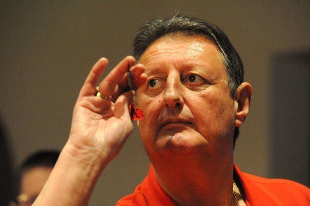 Eric Bristow Darts icon Eric Bristow on his way to Irvine Daily Record