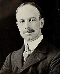 Eric Drummond, 16th Earl of Perth httpsuploadwikimediaorgwikipediacommonsthu