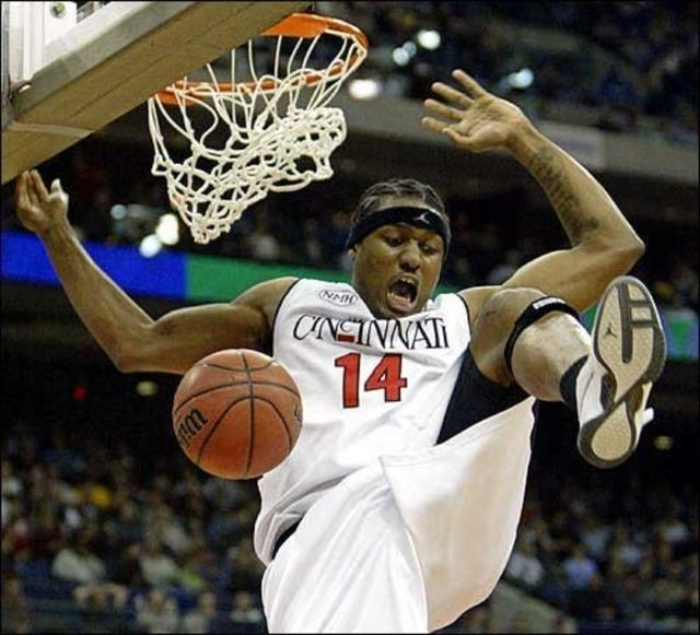 Eric Hicks (basketball) Bearcats on the ProwlFormer Bearcat Basketball player Eric Hicks