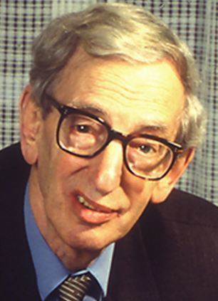 Eric Hobsbawm idailymailcoukipix20140110article2537496