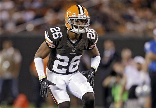 Eric Martin (linebacker) Browns waive cornerback Trevin Wade claim linebacker Eric