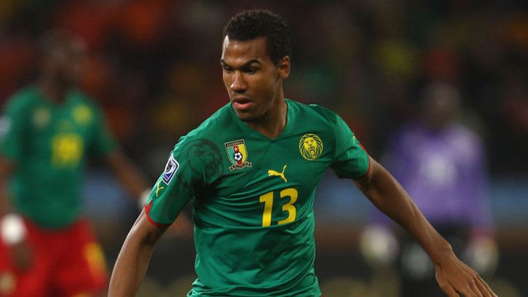 Eric Maxim Choupo-Moting Transfer news Schalke sign Eric Maxim ChoupoMoting on