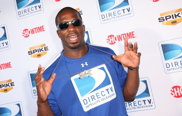 Eric Ogbogu Eric Ogbogu Pictures Fourth Annual DIRECTV Celebrity