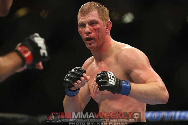 Eric Schafer UFC 136 PlaybyPlay Aaron Simpson vs Eric Schafer