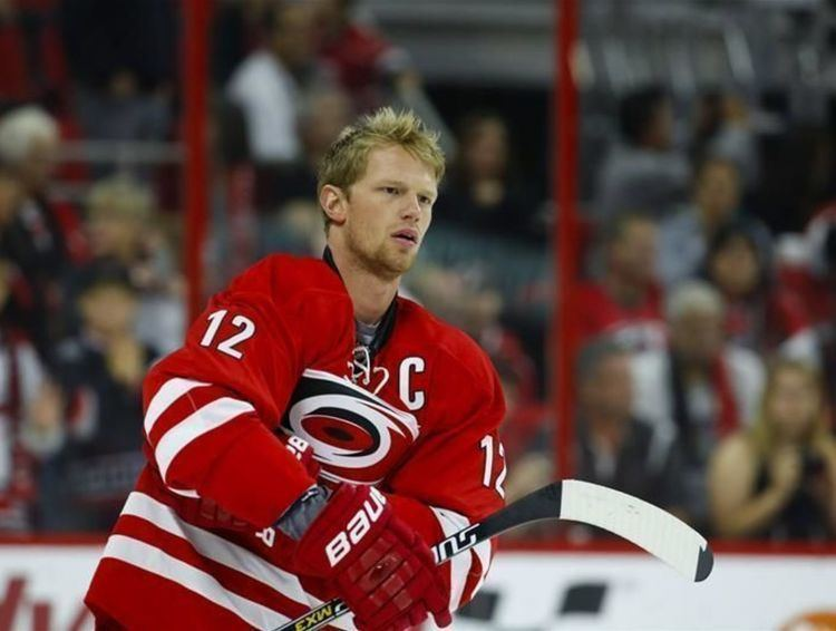 Eric Staal Report Eric Staal Hurricanes not close in contract