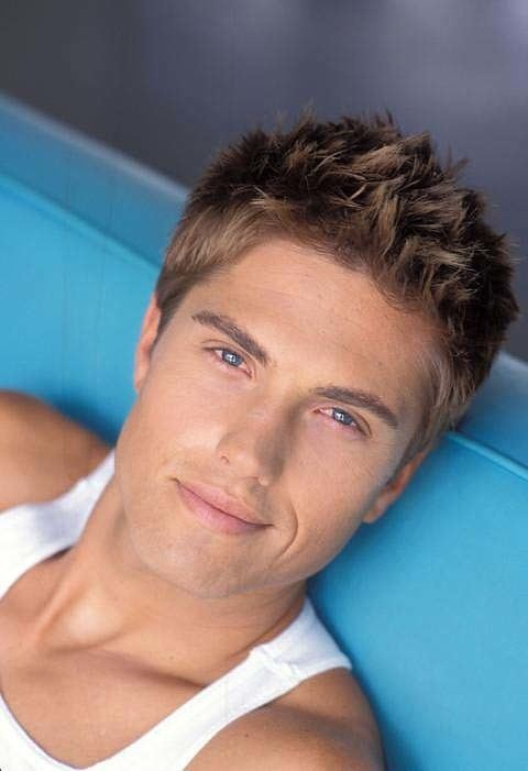Eric Winter A fan about Eric Winter ERICWINTERFANS The Official