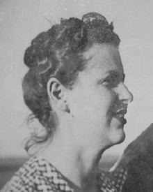 Erica Mann httpsuploadwikimediaorgwikipediaenthumb7