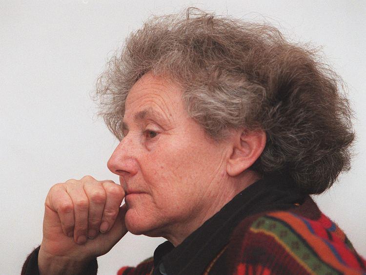 Erica Pedretti ericajpgrev1