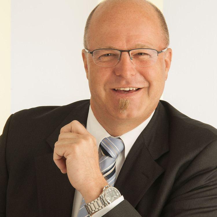 Erich Ott Erich Ott Verkaufsberater im Aussendienst Service 7000 AG XING