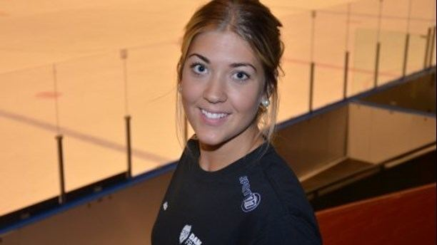 Erika Grahm Erika Grahm ser ljust p tjejhockeyns framtid P4