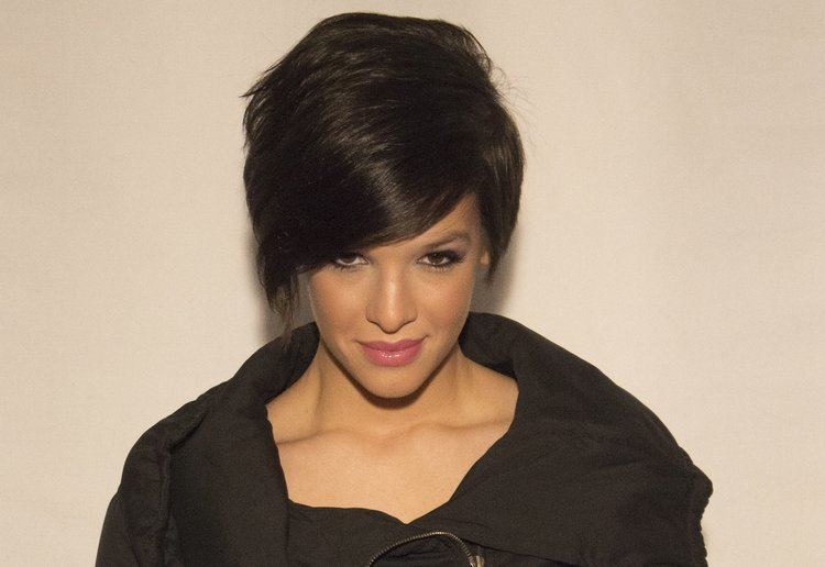 Erin Bowman Erin Bowman Lyrics Music News and Biography MetroLyrics