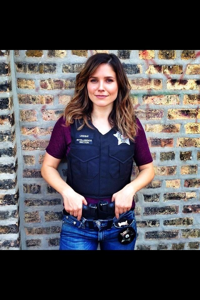 Erin Lindsay 1000 ideas about Erin Lindsay on Pinterest Chicago pd Sophia