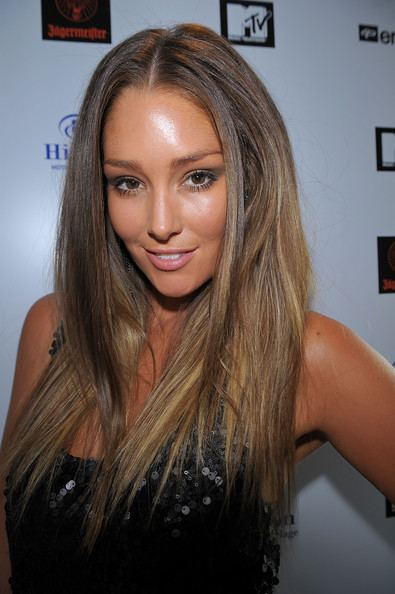 Erin McNaught Erin McNaught Photos MTV Australia Japan Jam Launch