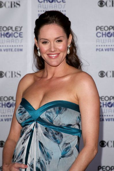 Erinn Hayes Erinn Hayes Photos 35th Annual People39s Choice Awards