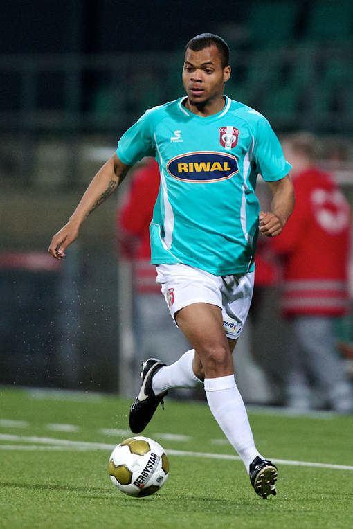 Erixon Danso FC Dordrecht haalt Danso terug naar Krommedijk ADnl