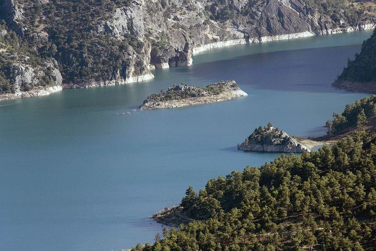 Ermenek Dam httpsuploadwikimediaorgwikipediacommonsthu
