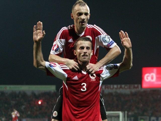 Ermir Lenjani HalfTime Report Ermir Lenjani gives Albania shock lead