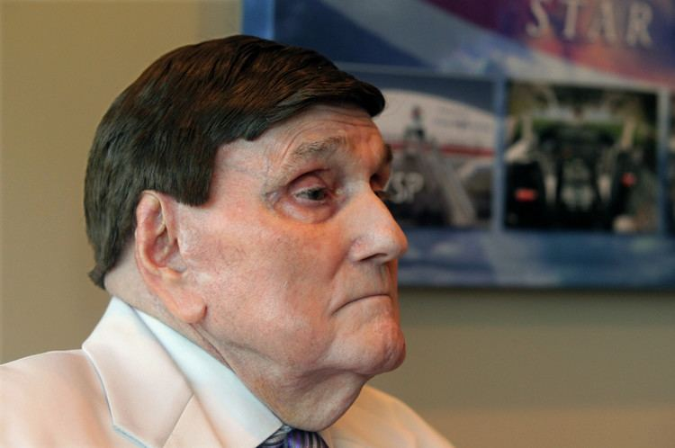 Ernest Angley Ernest Angley39s Grace Cathedral rocked by accusations