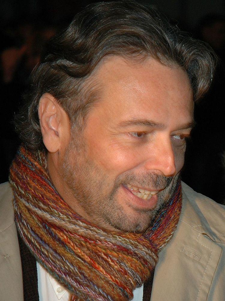 Ernest Benach httpsuploadwikimediaorgwikipediacommonsthu