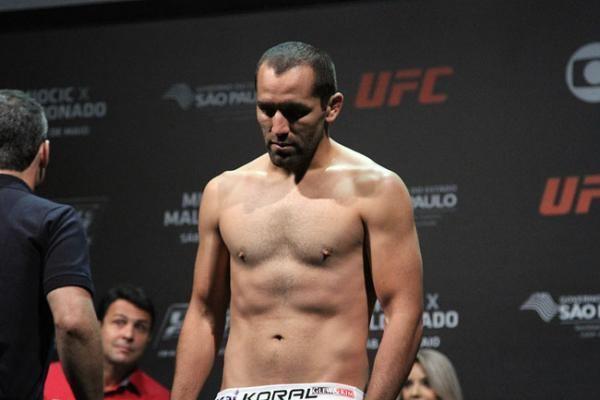 Ernest Chavez (fighter) 20140530021726IMG8960JPG