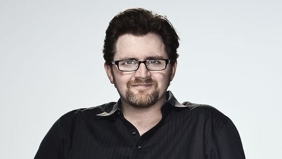 Ernest Cline Ernest Cline Delivers High Stakes and 3980s Videogame