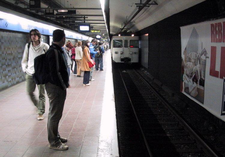 Ernest Lluch station