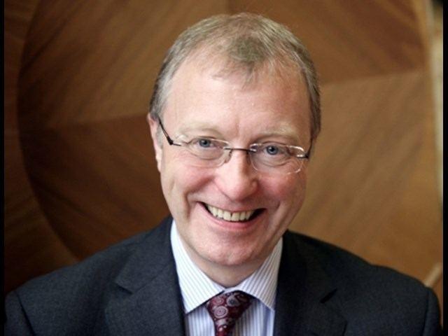 Ernest Ryder Queen Appoints Old Boy as Senior President of Tribunals