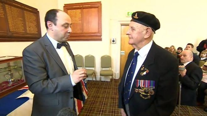 Ernest Turner (politician) WW2 veteran Ernest Turner given Frances highest honour BBC News