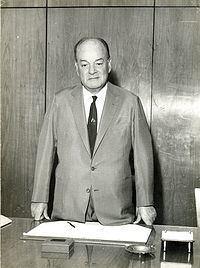 Ernesto Igel httpsuploadwikimediaorgwikipediacommonsthu