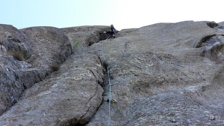 Ernesto Lomasti Arnad arrampicata Lomasti Pilastro Lomasti o Via del 94