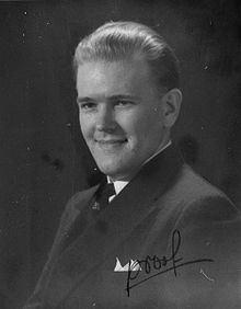 Ernst Jaakson httpsuploadwikimediaorgwikipediacommonsthu
