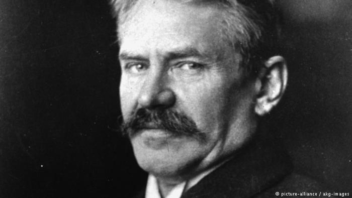 Ernst Troeltsch Ernst Troeltsch and the power of the pen World DWCOM