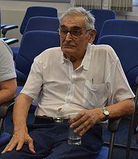 Ernst W. Hamburger httpsuploadwikimediaorgwikipediacommonsthu