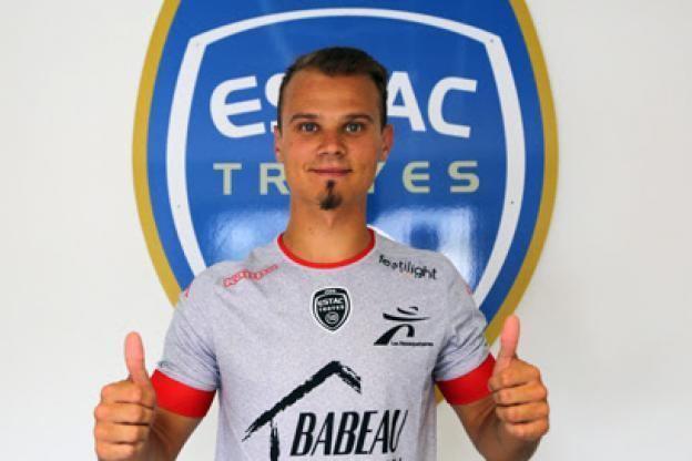 Erwin Zelazny Foot Troyes Transfert Troyes engage Erwin Zelazny