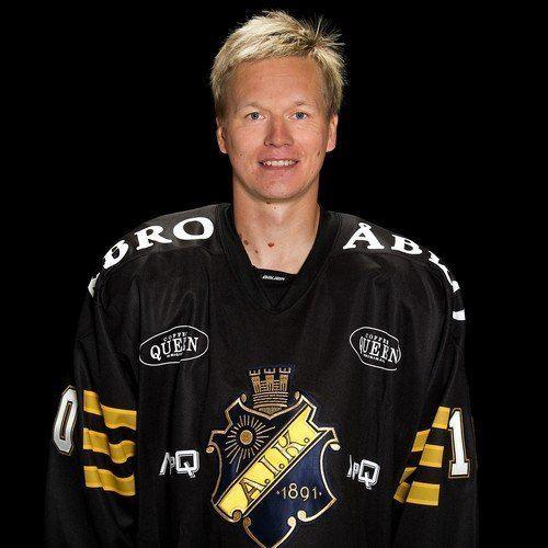 Esa Pirnes Esa Pirnes AIK HAllsvenskan SvenskaFanscom