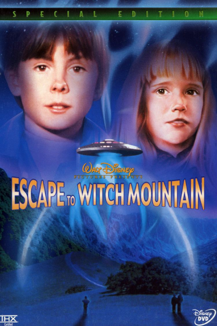 Escape to Witch Mountain (1975 film) wwwgstaticcomtvthumbdvdboxart7697p7697dv8
