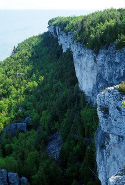 Escarpment The Niagara Escarpment Bruce Trail