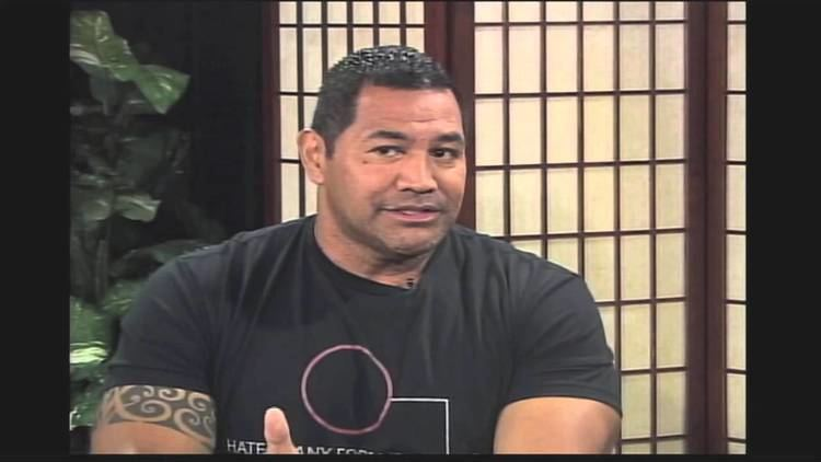Esera Tuaolo Child of God Former NFL Player Esera Tuaolo Fights Fear