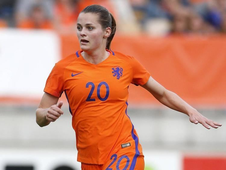 Eshly Bakker MSV Duisburg holt OranjeAss