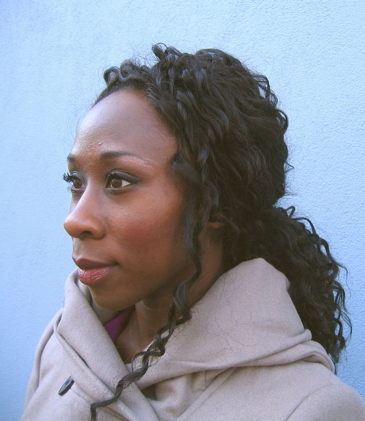 Esi Edugyan QA with Esi Edugyan WriterinResidence Athabasca University News