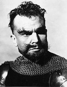 Esmond Knight httpsuploadwikimediaorgwikipediaenthumb4