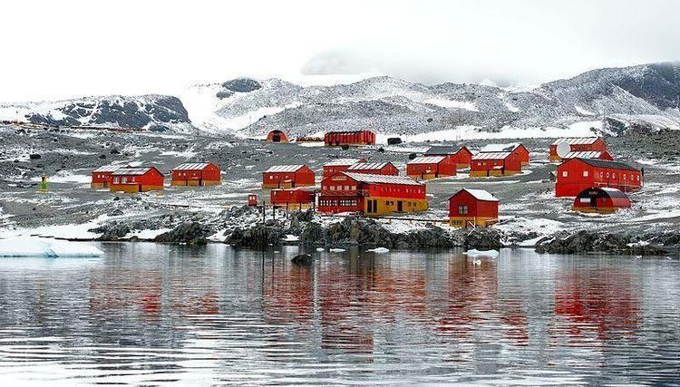 Esperanza Base Esperanza Base Argentina39s Permanent Antarctic Research Station