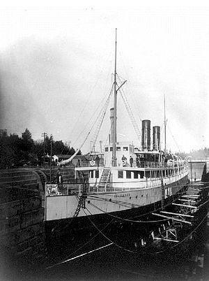 Esquimalt Royal Navy Dockyard httpsuploadwikimediaorgwikipediacommonsthu