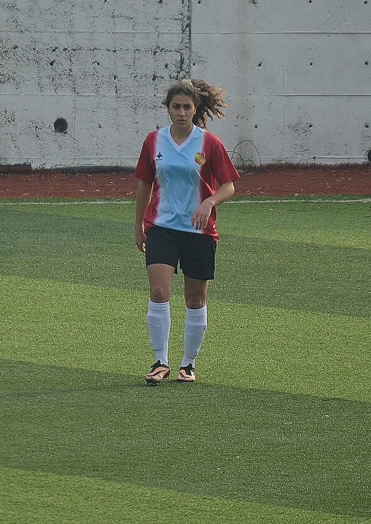 Esra Solmaz