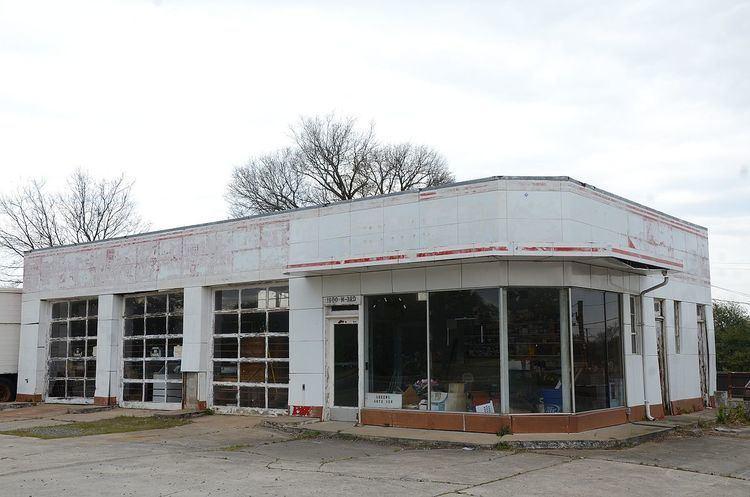 Esso Standard Oil Service Station (Little Rock, Arkansas)