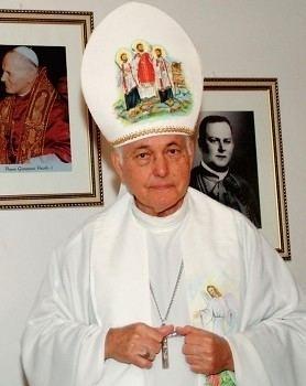 Estanislau Amadeu Kreutz Falece dom Estanislau Amadeu Kreutz bispo emrito de Santo ngelo