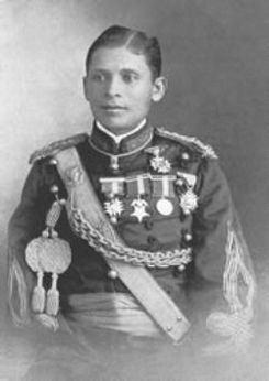 Esteban Huertas httpsuploadwikimediaorgwikipediacommonsthu
