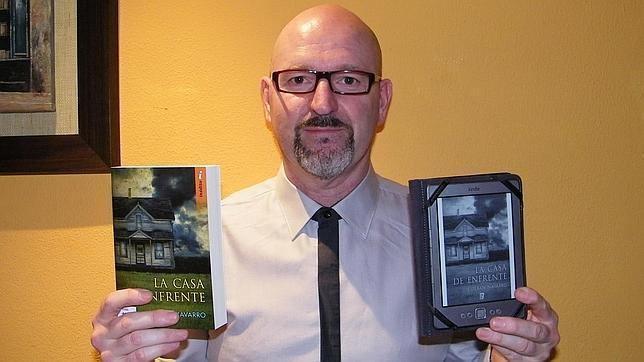Esteban Navarro Esteban Navarro El panorama literario est cambiando El ebook es