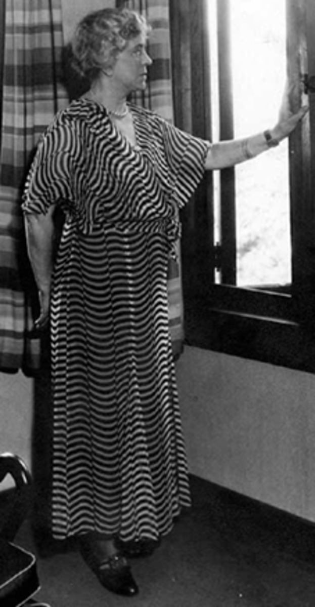 Estelle Lawton Lindsey